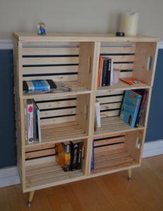 L'étagère finale en caisses de bois